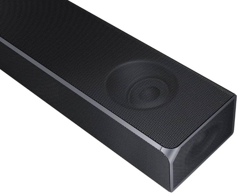 Altavoces orientados al techo y laterales barra de sonido Samsung HW-Q90R