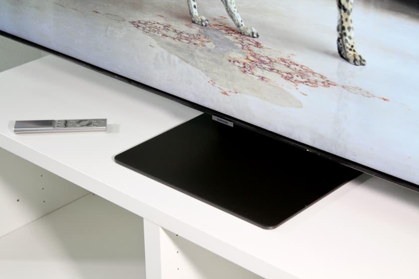 Diseño peana Samsung Q95T y Q90T QLED 4K